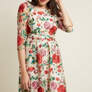 Modcloth Duly Dreamy Embroidered A-Line Dress S